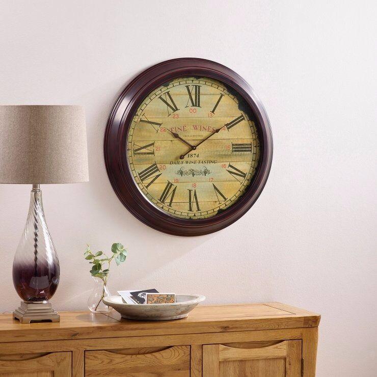 Fine wine wall clock