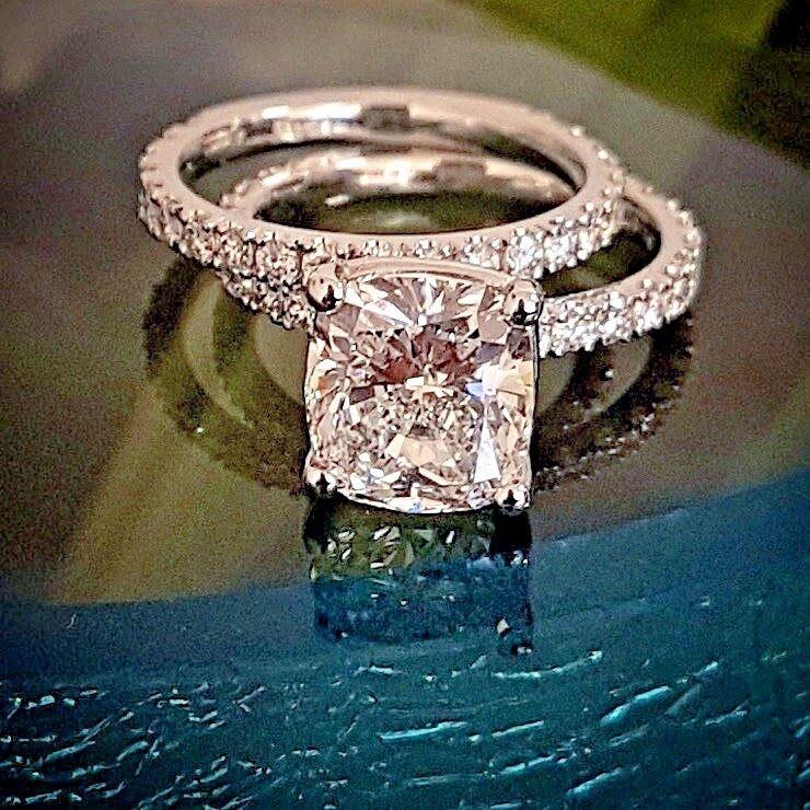 1.90 Ct Cushion Cut Diamond Engagement Ring w/ Matching Band 14KWG H VS2 GIA USA