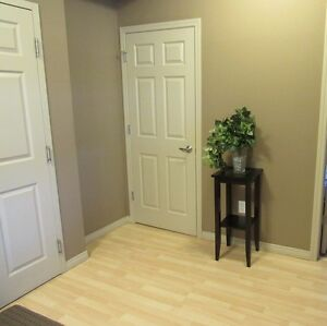 FULLY FURNISHED  ONE  BEDROOM CONDO  AVAILABLE NOV 1 Edmonton Edmonton Area image 3