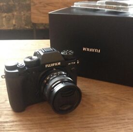 Fuji XT2 body only and original packaging