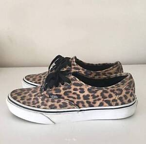 VANS SKATE SHOES - LEOPARD PRINT SIZE 8.5 AU Bedford Bayswater Area Preview