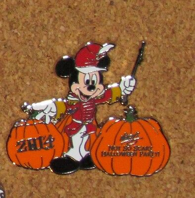 A9 DISNEY PIN MICKEY MOUSE NOT SO SCARY PARTY HALLOWEEN  LR - A Not So Scary Halloween Disney