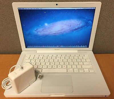 "2008 Apple MacBook 13.3"" / 2.1GHz 2GB RAM 120GB HD - OS X 10.7.5 Lion Installed!"