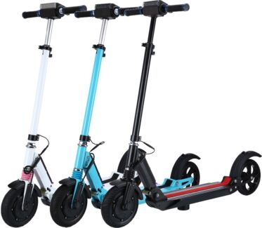 BRAND NEW Electric Scooter with 350 watt motor and 8' tyres