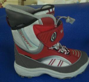 SUPERFIT Women's Winter Boots . . . size US 8 / EUR 39