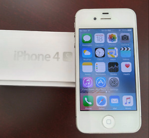 iPhone 4S 16GB in good condition