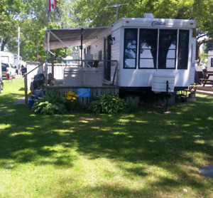 Lake Front 2002 Citation Resort Park Model Trailer 35 ft.