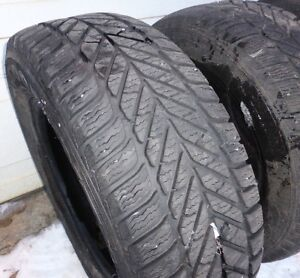 3 pneus d'hiver  3 winter tires  235/60 R16