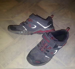 Boys Geox shoes size 6