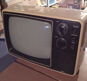 Nostalgia and Collectors, Little B&W TV from 1979 Still Works