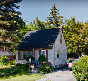 Attention Builders or Renovators! Great Ancaster Location
