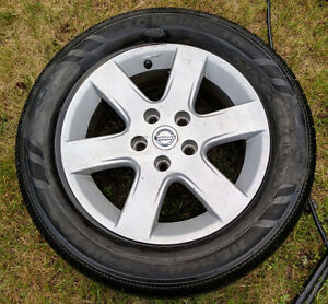 Nissan Altima Rim only (Ruined tire is 215/60 R16)