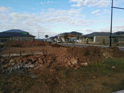 Dirt Removal / Rubbish Removal / Landscaping