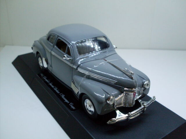 1941 Chevrolet Spezial DeLuxe, NEWRAY CLASSIC COLLECTION CAR 1:3 2