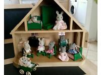 Sylvanian families house and 2 familes