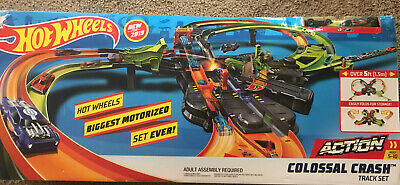 Mattel GFH87 Hot Wheels Colossal Crash Car and Track Toy Set, Ages 5+ Brand New