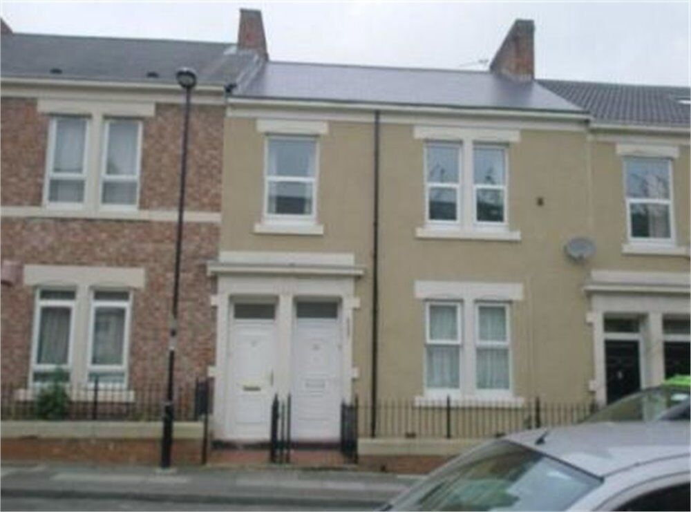 Fantastic 3 bedroom upper flat situated in Dilston Road, Arthurs Hill, Newcastle