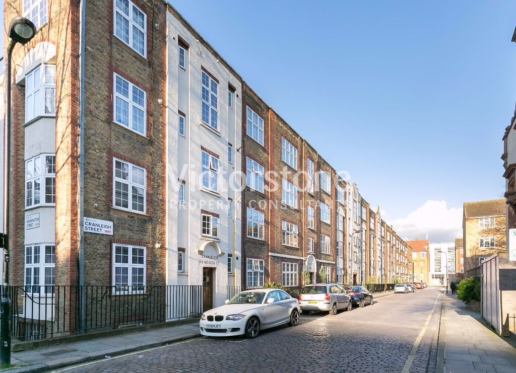 TWO/THREE BEDROOM FLAT IN CAMDEN