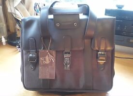 """16"""" Laptop bag, brown leather and canvas. Brand new. Unwanted gift. £18"""