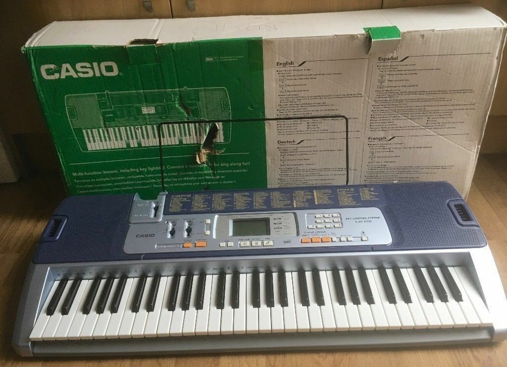 casio electronic keyboard lk 110 with key lighting system in kennington london gumtree. Black Bedroom Furniture Sets. Home Design Ideas