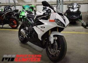 2013 Triumph Daytona 675 Liquidation hivernale 250 motos