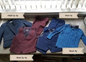 Bundle boys 3-4 years (Two suits, jacket, sweater & etc.) 7 items