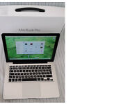 "Apple Macbook PRO 13"" 2. 5Ghz i5 CPU, 8GB 1600MHz DDR3 Ram, 250GB SSD in Perfect Conditon"