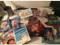 Selection of Children's books and jigsaws 17 books, 3 jigsaws
