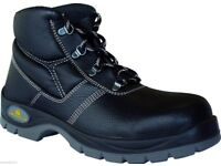 BOX OF 20 PAIRS OF BRAND NEW HIGH QUALITY S3 SAFETY BOOTS ASSORTED SIZES ALL 8,9,10,11