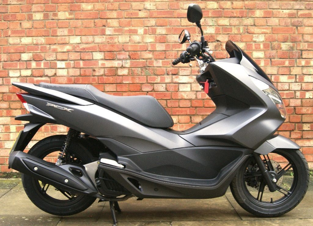 15 reg honda pcx 125 matt grey immaculate condition in aldgate london gumtree. Black Bedroom Furniture Sets. Home Design Ideas