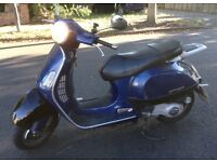 Piaggio Vespa Gt 125cc. MOT all papers included. works all good.