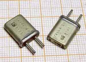 Quartz ( Crystal oscillator) 8820,83kHz ( 8,82083MHz ) [M16] ( x2pcs ) - Wroclaw, Polska - Quartz ( Crystal oscillator) 8820,83kHz ( 8,82083MHz ) [M16] ( x2pcs ) - Wroclaw, Polska