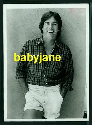 Richard Hatch Vintage 5X7 Photo Candid Posing In Shorts