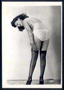 American Risque Leg Lingerie Tease Photo 1930s Stockings 8