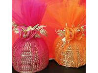 Birdcage net wrapped Gift presenters