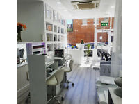 Hairdresser chairs / Beauty botox rooms to rent