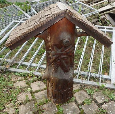 Garten Skulpur Holzstamm geschnitzt Christus