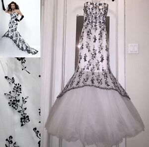 Beautiful Tiffany Designs Gown size 4