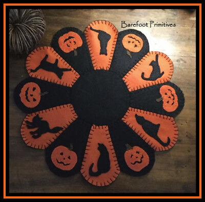 Halloween Penny Rug Mat Cat Pumpkin table topper Paper Pattern - Mat Halloween