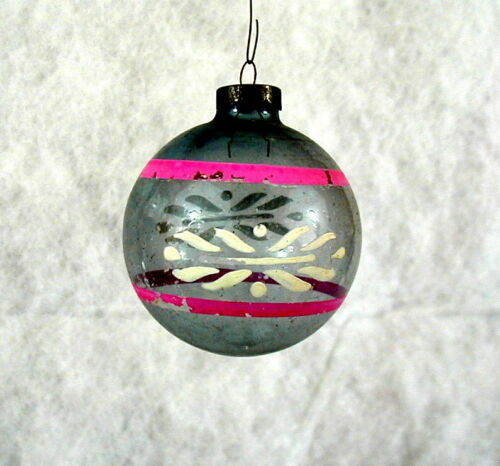 LARGE UNSILVERED PINK STRIPES  WWII ERA VINTAGE GLASS CHRISTMAS TREE ORNAMENT