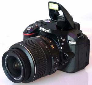 Nikon D5300 DSLR Camera with 18-55mm, Shutter Count of 2,818