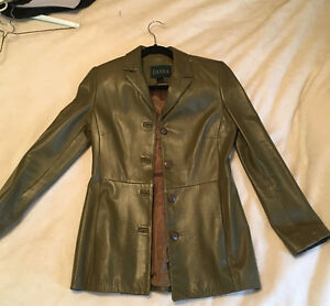 Women's petite Danier Leather green jacket