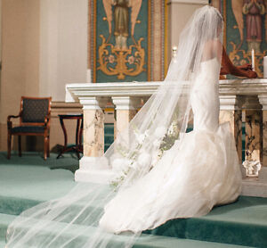 Vera Wang Lindsey Wedding Dress
