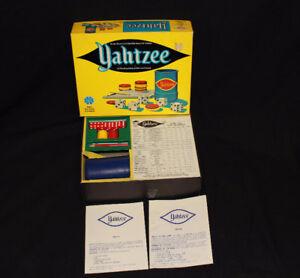 YAHTZEE VINTAGE BOARD GAME 1973 IN ORIGINAL Box Score Cards Tumb