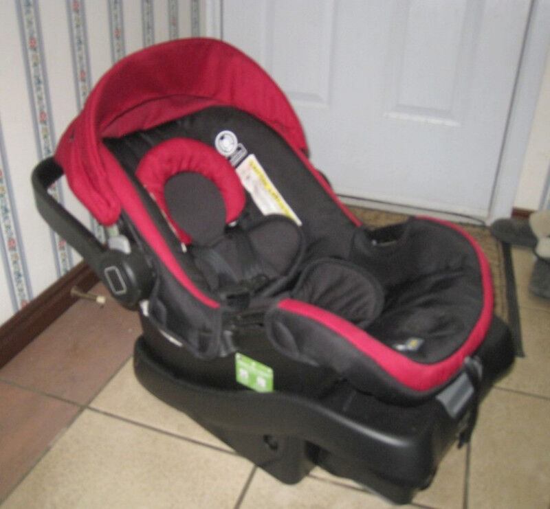 Used Safety 1st Infant 35 Lbs Car Seat With Base 2024 Expir