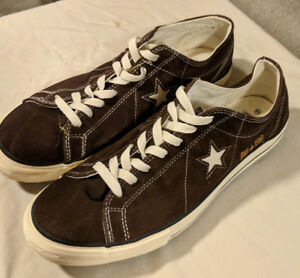 Converse One Star's - Like New! Men's size 10.5