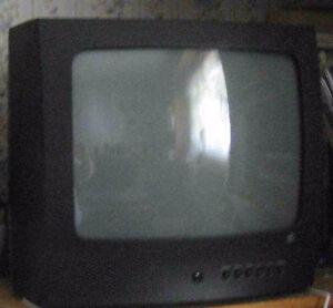 13 inch tv