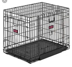 XL Kong Dog crate with Kong Comfy Pad & Divider For Sale
