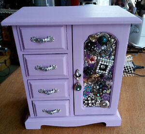 Upcycled jeweled jewellery box