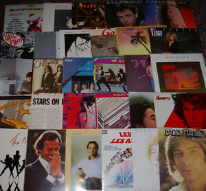 Lot de 30 Vinyles: Abba, Eurythmics, Doors, Hall and Oates